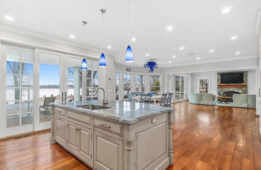Kitchen remodel in Darien, CT